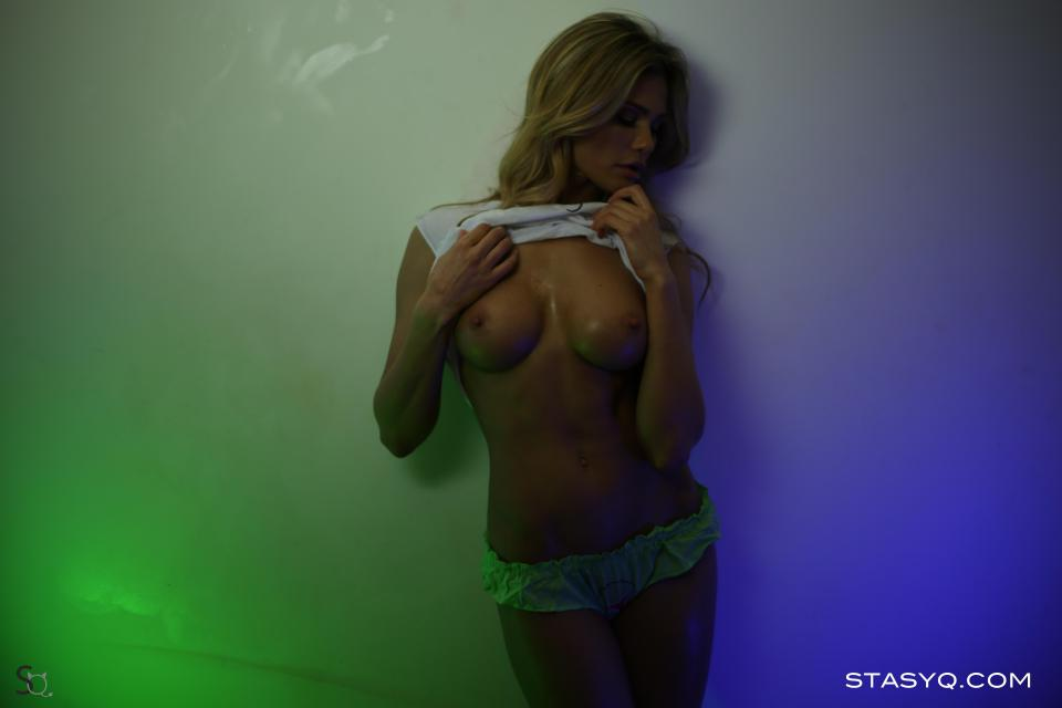 StasyQ 142
