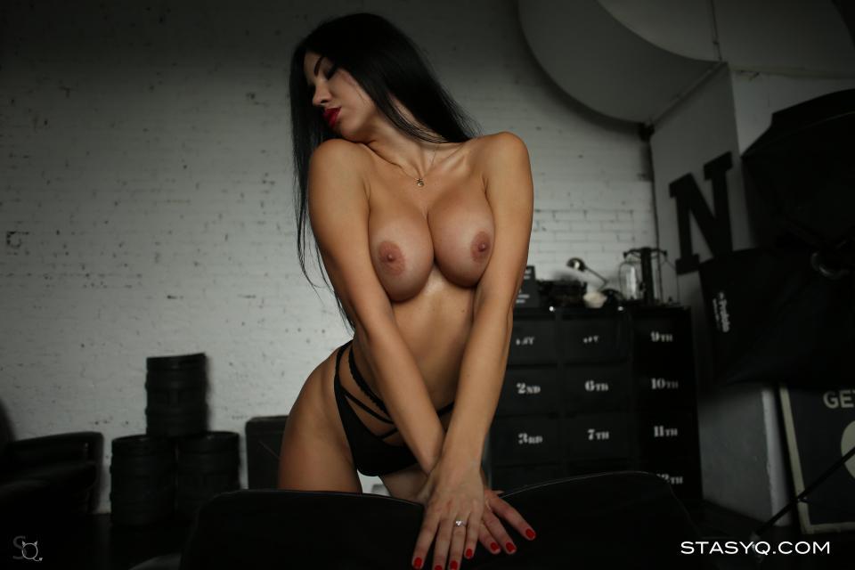 Video for StasyQ 213