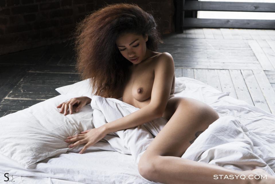 StasyQ 215