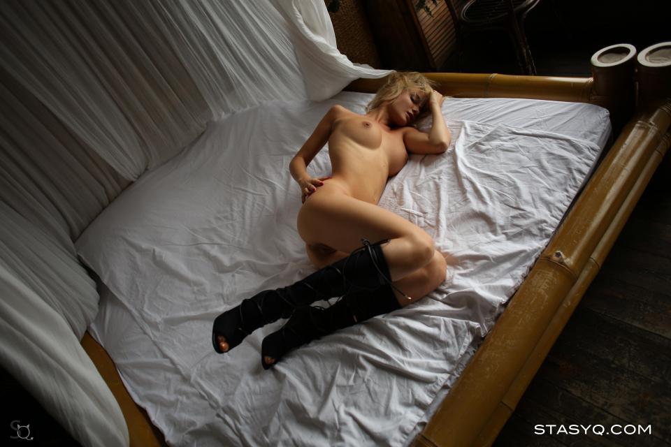 StasyQ 220