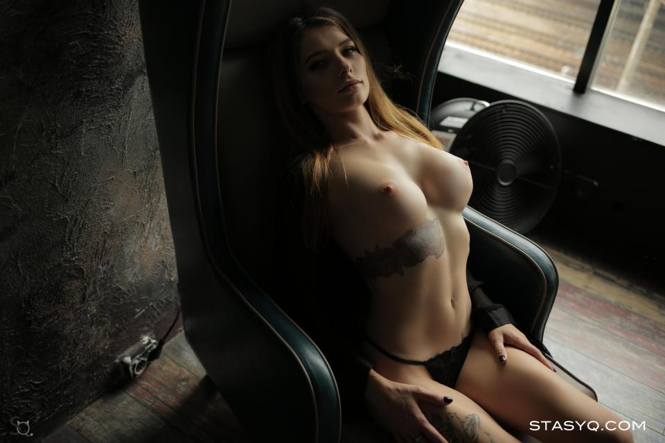 StasyQ 305